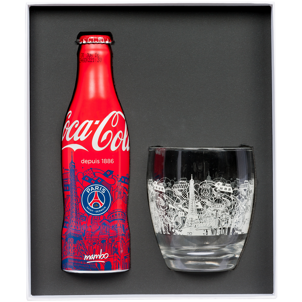 edition collector coca cola x paris saint germain capsule collections. Black Bedroom Furniture Sets. Home Design Ideas