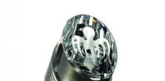 Bollinger Spectre Crystal Set