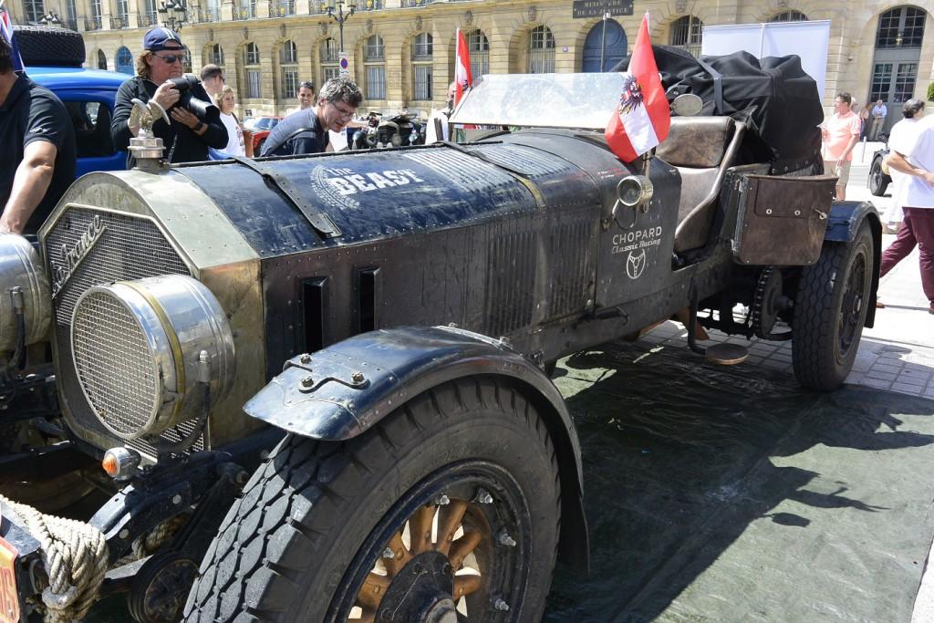 Edition limitée « Vintage Rally Peking to Paris » Frédérique Constant