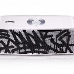 LG x JonOne Enceintes Portable P5 Noir et blanc 3