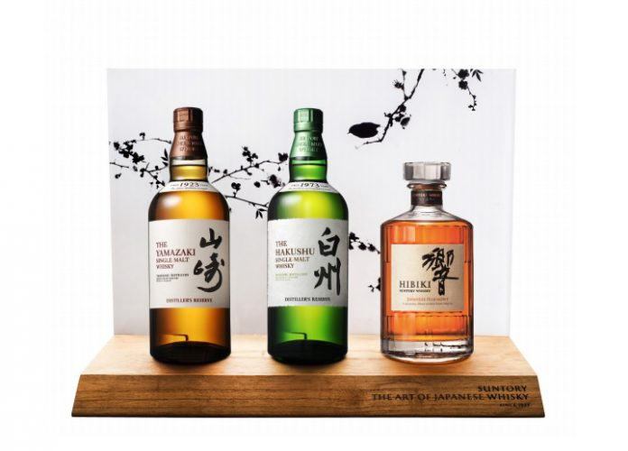trois-whiskies-Suntory